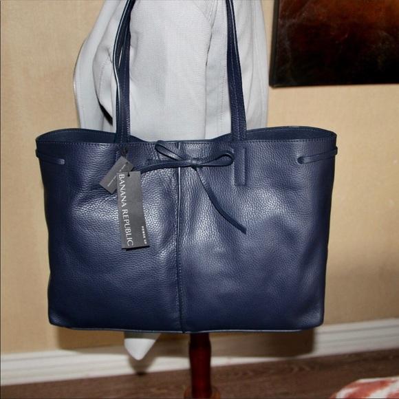 ed9ca192e40 Banana Republic Bags   Nwt Navy Leather Tote   Poshmark